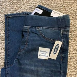 *NEW WITH TAGS* Old Navy Rockstar Jeans